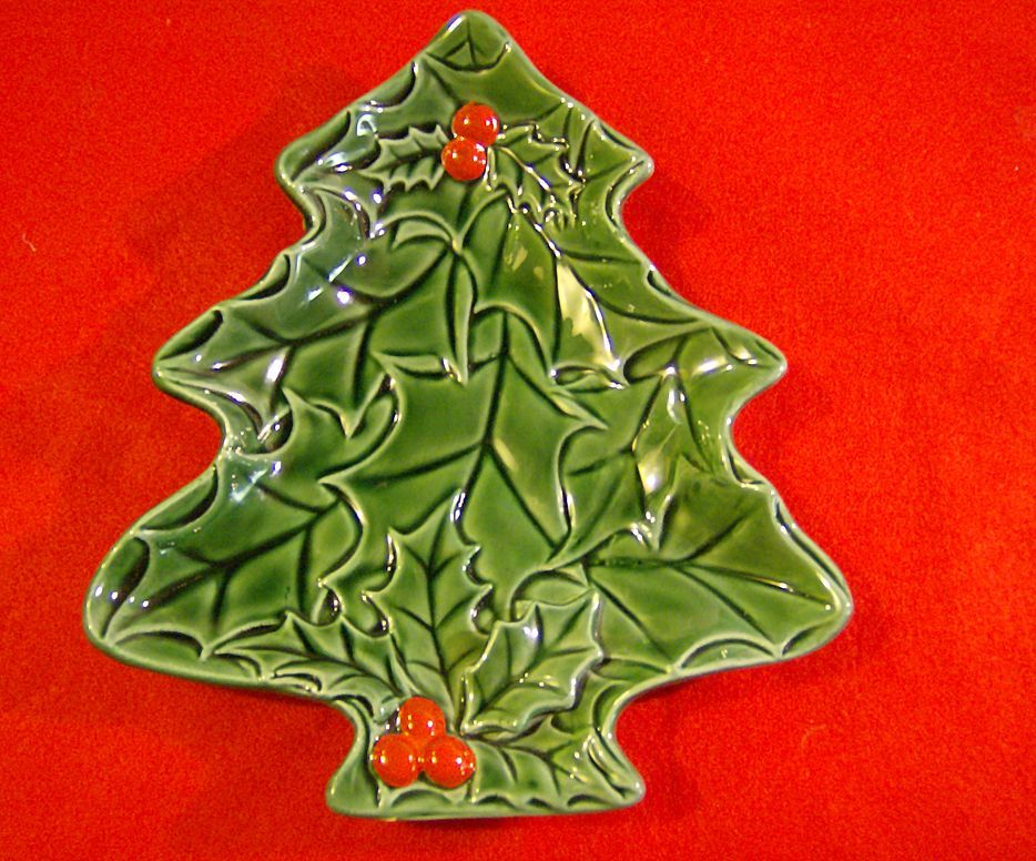 Lefton Green Holly Small Christmas Tree Dish 1970/71