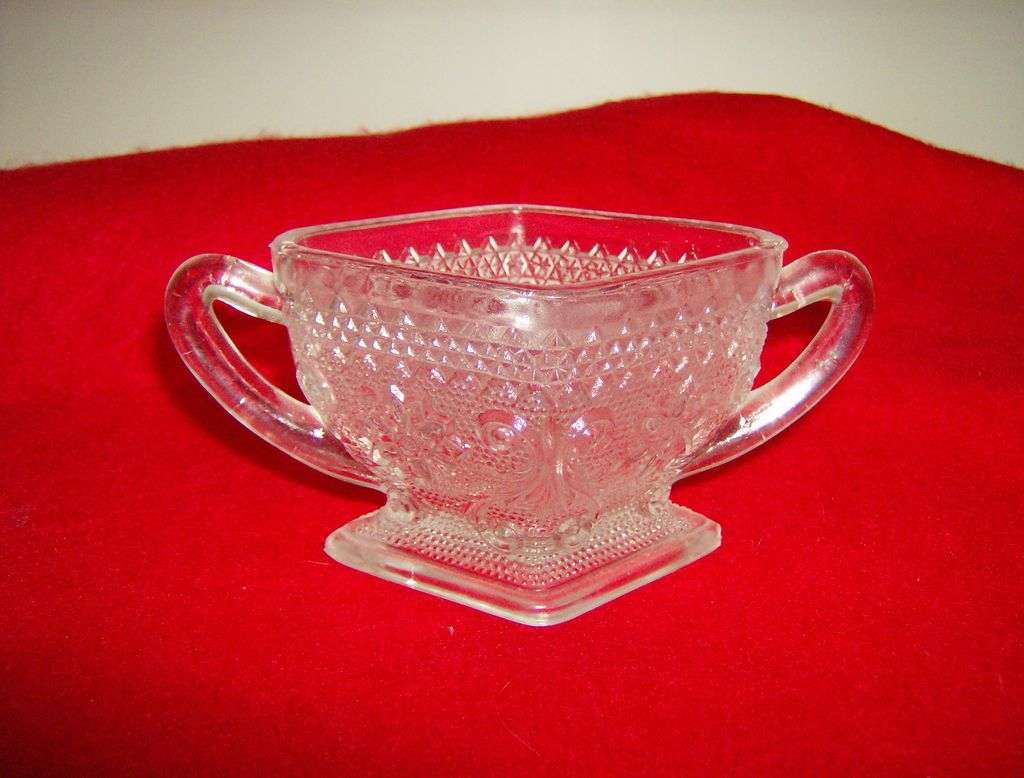 Indiana Glass ~ Sugar Bowl ~ Sandwich Pattern