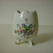 Porcelain 3-footed Egg Vase ~ Ardco ~ Made in Japan
