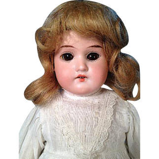 "15"" Antique Bisque Shoulder Head AM Floradora Brown Eyes Blond Wig"