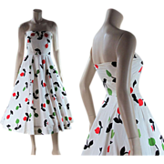 Crisp 1950's Strapless Novelty Print Dress