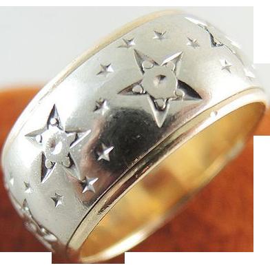 Retro Vintage 14K Gold Artcarved Wide Cigar Band Ring With Star