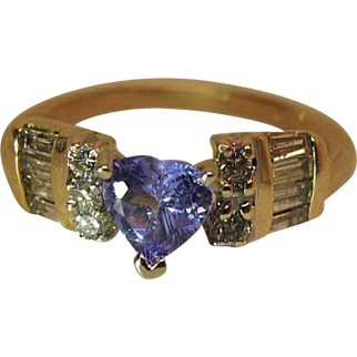 Vintage 14K Magic Glo Diamond And Heart Shaped Tanzanite Ring
