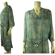 Chic 1920's Vintage Printed Silk Dress In Larger Size