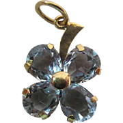 Whimsical Vintage 18K Yellow Gold 2.4 Carat Aquamarine Four Leaf Clover Pendant / Charm