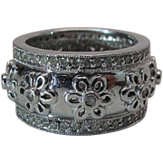 14K White Gold 1/2-Inch Band Style Flower Ring With 1 Carat Of Diamonds Size 8