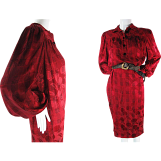 1980's Vintage Oscar de la Renta Red And Black Plaid Silk Day Dress