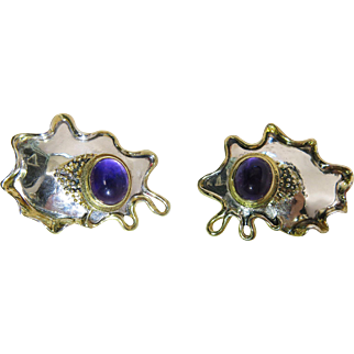 Showy Vintage Modernist Silver Amoeba Earrings With Natural Amethyst Cabochons & Omega Backs