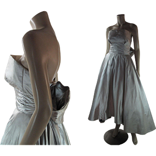 1950's Vintage Couture Quality Strapless Shelf Bust Silk Satin Evening Dress