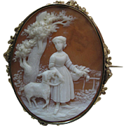 Fine Antique Victorian Scenic Cameo Brooch In Beautiful 14K Gold Mounting