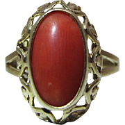 Pretty Vintage 14K Yellow Gold Red Coral Ring With Heart Gallery