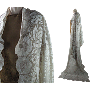 Lustrous 1920's Vintage Ivory Silk Floral Lace Shawl