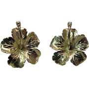 Beautiful Vintage 14K Yellow Gold Hibiscus Flower Earrings With Threaded Posts