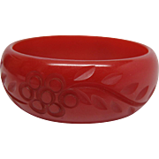 1930's Vintage Lipstick Red Hand Carved Bakelite Bangle Bracelet - 8-inches