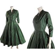 Vintage Circa 1950 Mollie Parnis Green Silk Taffeta Party Or Cocktail Dress