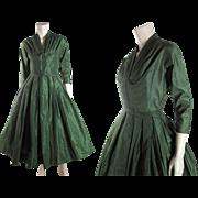 Vintage Circa 1950 Mollie Parnis Green Silk Taffeta Party Or Cocktail Dress