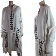 1920's Vintage Art Deco Embroidered Linen Dress