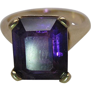 Vintage 14K Yellow Gold 4.6 Carat Emerald Cut Natural Amethyst Cocktail Ring