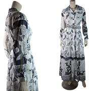 Summery 1970's Vintage Floral Printed Dress In Chic Grayscale