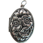 Antique Victorian Art Nouveau Repoussé Sterling Silver Locket