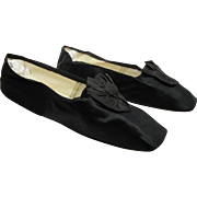 Antique Regency Ladies' Jeanneau Herve French Black Silk Slippers With Rosettes