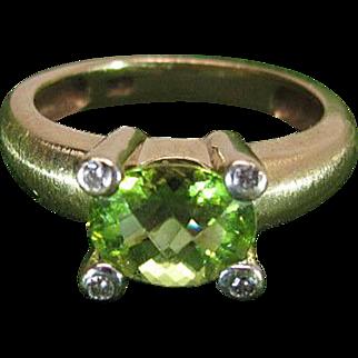 Vintage 14K Yellow Gold Rose Cut Green Peridot And Diamond Ring