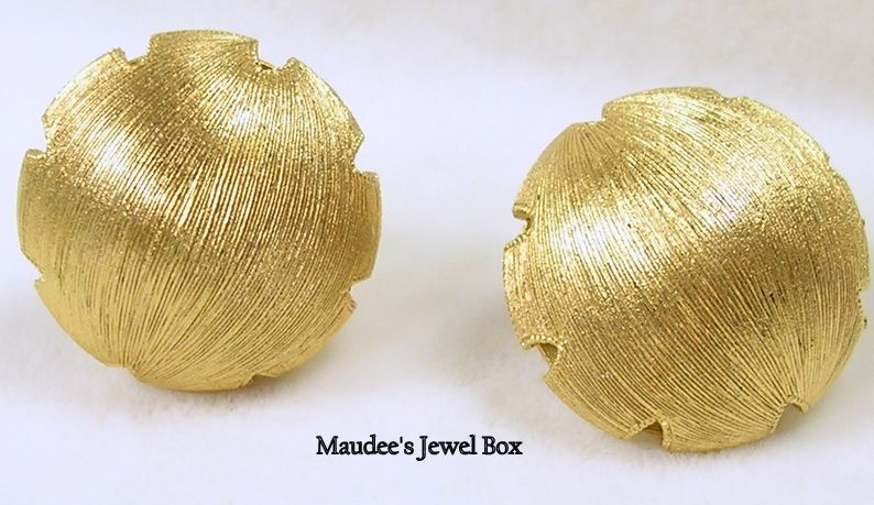 Vintage Half Dome Ball Clip Earrings – Classic Beauties!