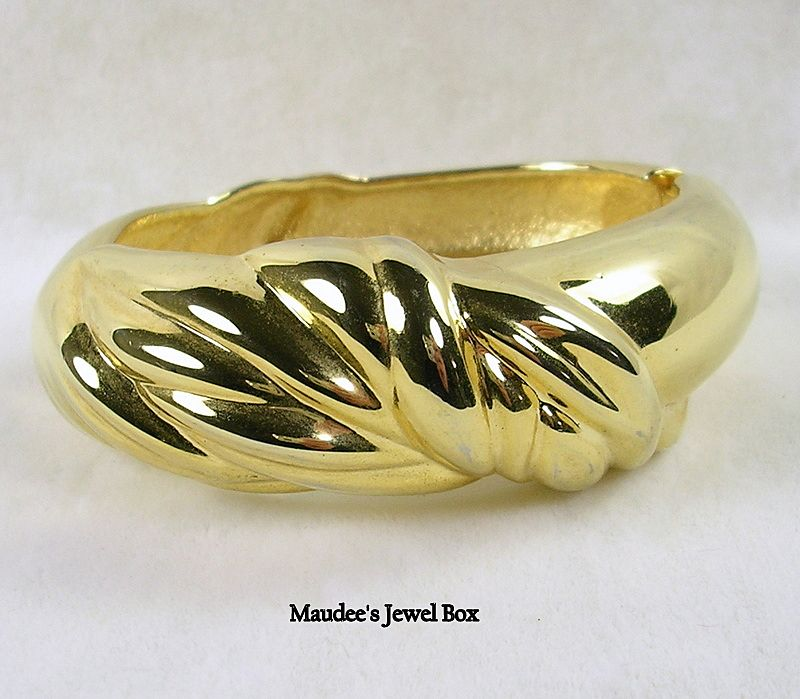 Gold Tone Clamper Swirled Bangle Bracelet