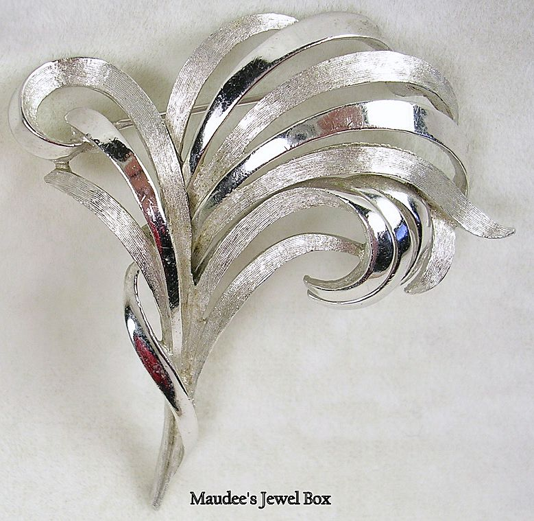 Trifari Crown Silver Tone Swirled Pin / Brooch