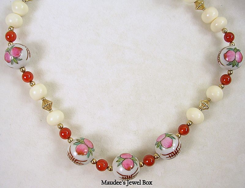 Vintage Hand Painted Porcelain Glass Beaded Necklace