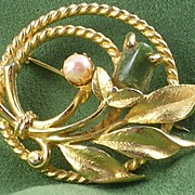 Sarah Coventry Jade Garden Pin-Brooch w/ Genuine Pearl