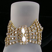 Vintage Bow Bracelet with Milk Glass and Crystal Rhinestones in Gold  Tone – Amazing!