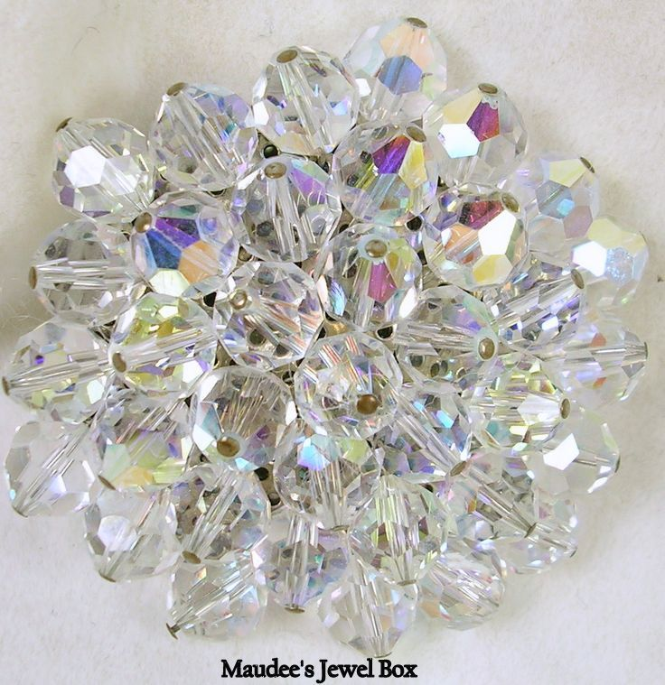 Vintage Cluster Faceted Crystal Bead Aurora Borealis Pin – Beautiful!