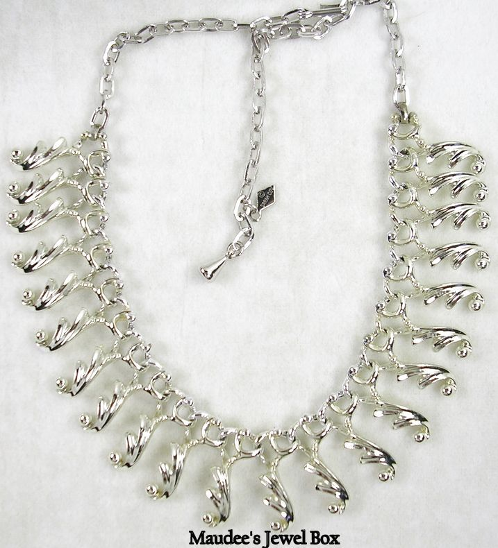 Signed Sarah Cov. Vintage Silver Tone Dangle Bib Necklace