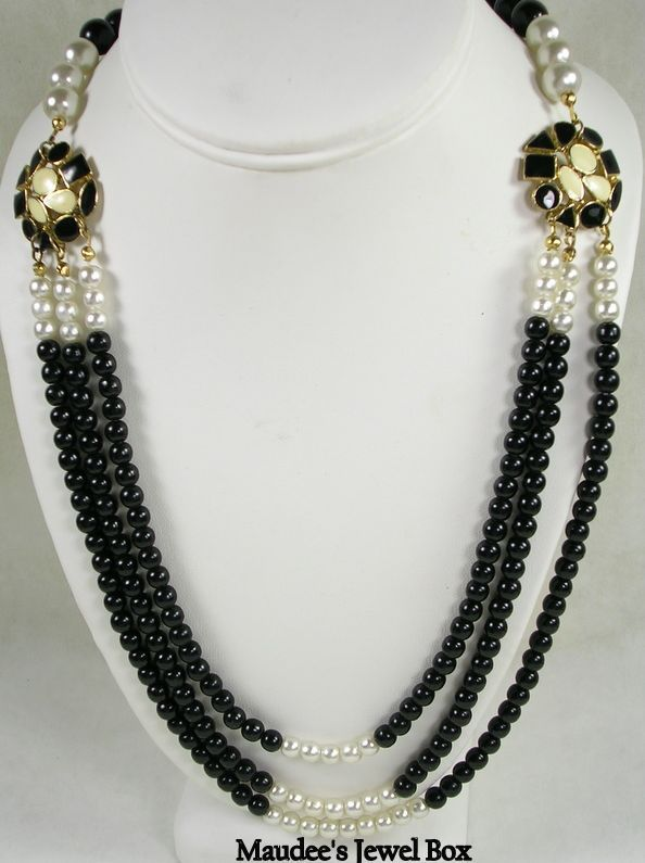Simulated Onyx and Pearl 3 Strand Necklace – Beautiful!