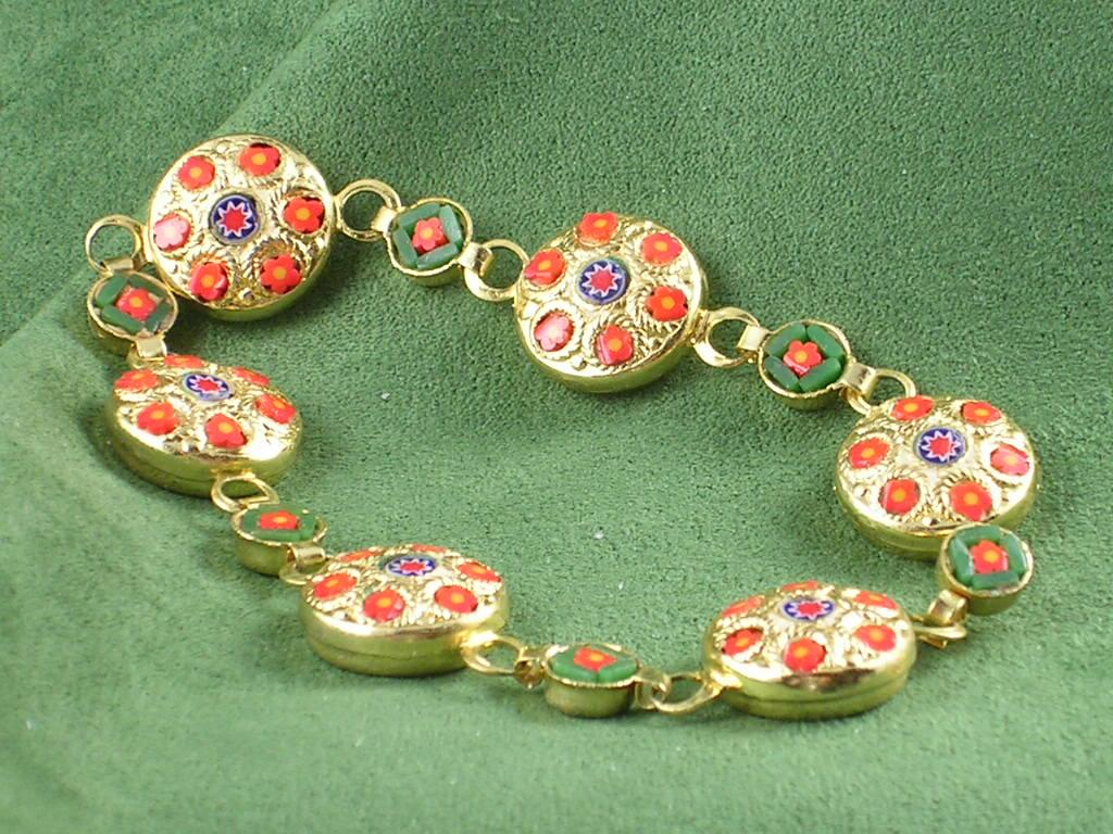 Mosaic Inlay & Goldtone Bracelet - Indian Look – Must See