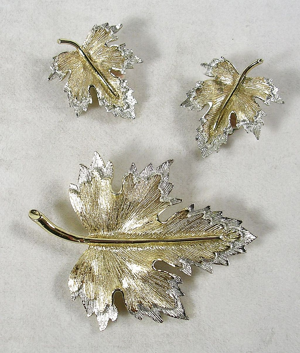 Signed Sarah Cov. Vintage Brooch and Matching Earrings in Silver and Gold  Tone Leaves – Stunning!