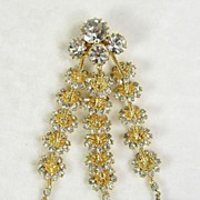 Vintage Brooch Pin with Crystal Rhinestones Simulated  Pearls in Gold  Tone – Stunning!