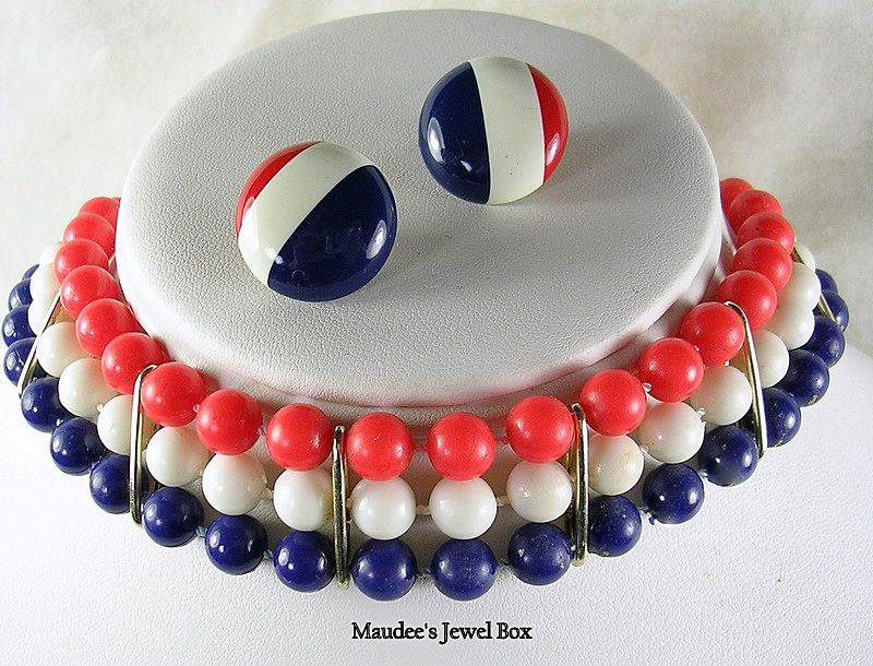 Vintage Red White and Blue Choker Necklace with Matching Pierced Earrings