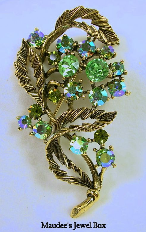 Signed Lisner Vintage Floral Brooch Pin with Peridot and Aurora Borealis Crystal Rhinestones