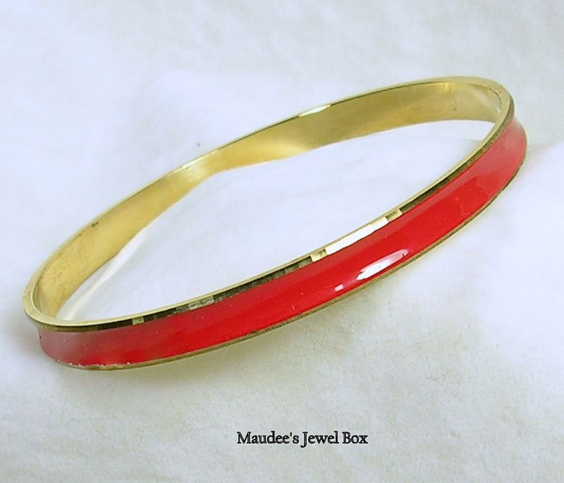 Vintage Red Enamel and Gold Tone Bangle Bracelet
