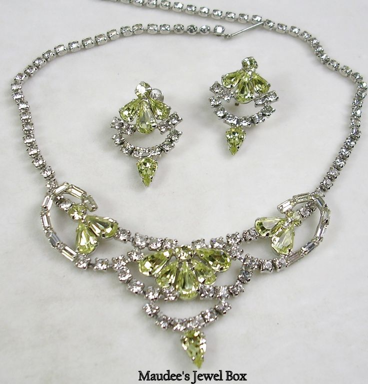 Vintage Simulated Yellow Diamond and Clear Rhinestone Bib Necklace with Matching Clip Earrings