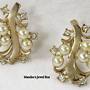 Vintage Simulated Pearls and Rhinestone Floral Gold Tone Clip Earrings