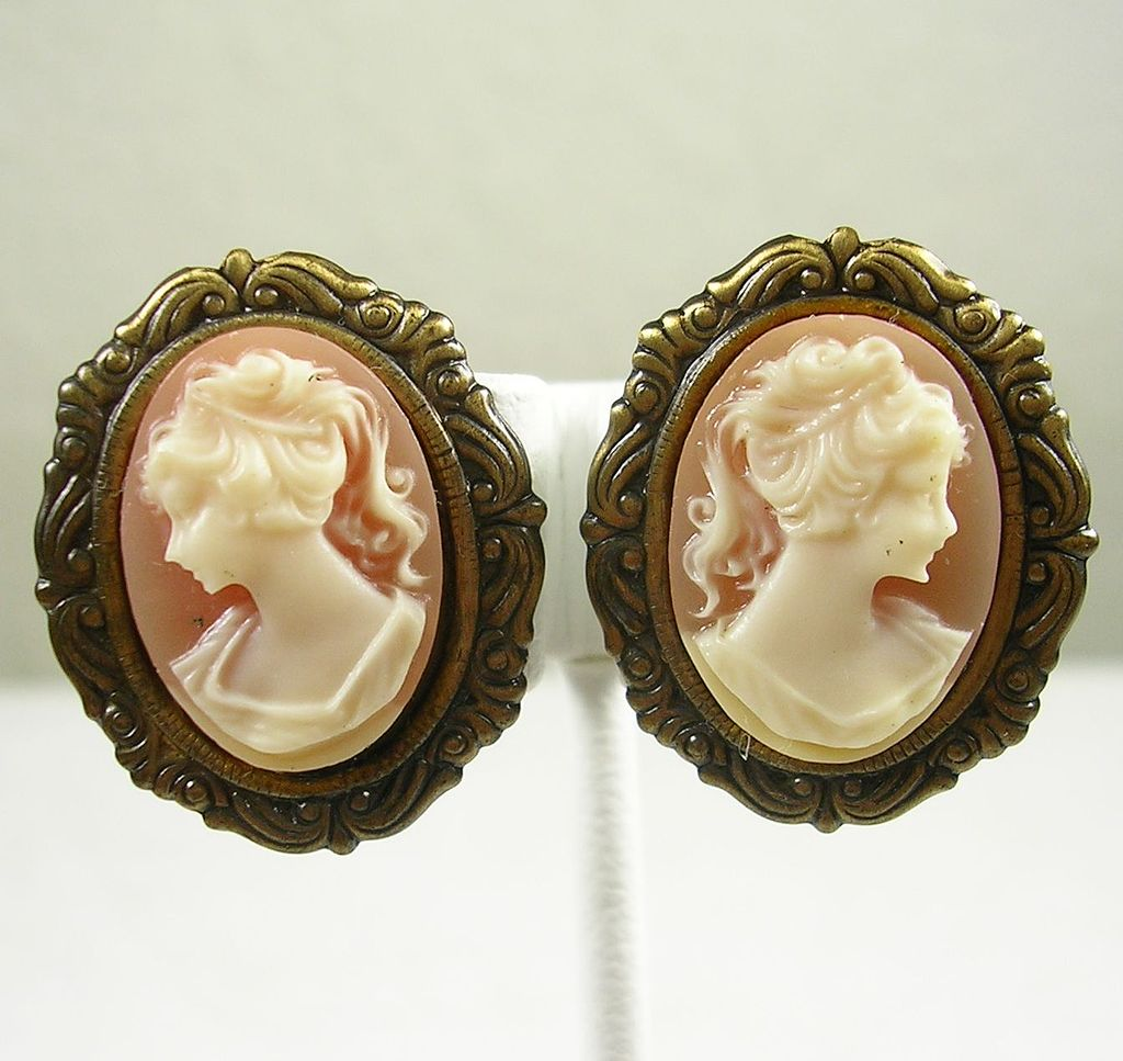 Vintage Antiqued Finish Cameo Clip Earrings