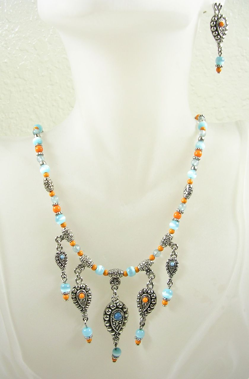 Artisan Crafted Simulated Turquoise and Coral Bib Necklace with Matching Dangle Earrings – Stunning!