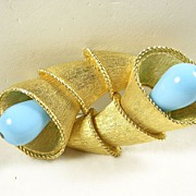 Horn Brooch Pin with Simulated Turquoise in Gold Tone