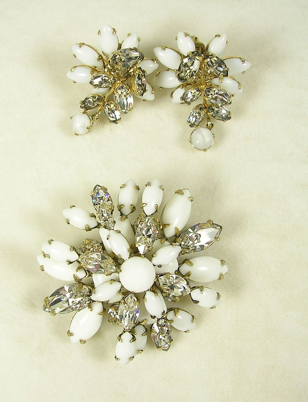 Signed Schreiner Milk Glass Moonstone and Crystal Rhinestone Brooch Earrings Set in Gold  Tone – Beautiful!