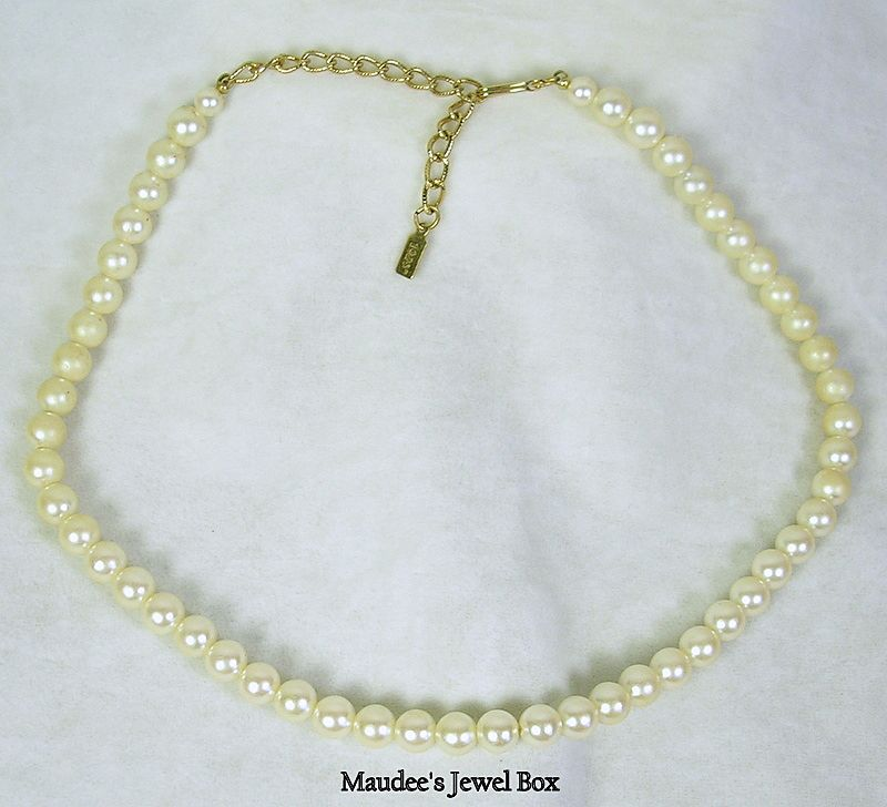 Signed 1928 Vintage 8mm Strand of Simulated Pearl Necklace in Antique White