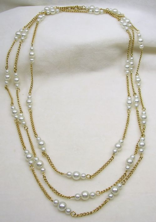 "Vintage 60"" Simulated Pearl and Gold Tone Necklace by the Yard – Beautiful!"