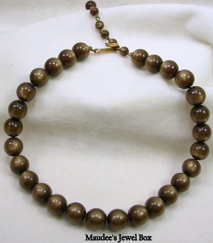 Vintage Golden Brown Opulent Beaded Necklace